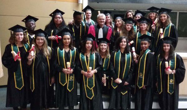 Les diplômés de la promo 2018 Option Management des Opérations cliniques